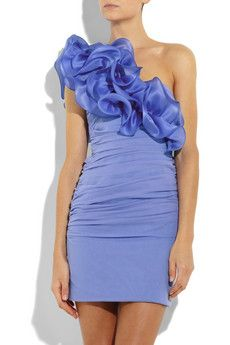 too frilly you may say, but it reminds me of 7 year olds bday dresses from back then :) Violet Prom Dresses, Bridesmaid Dresses, Bridesmaids, Cute Dresses, Casual Dresses, Fashion Dresses, Hot Dress, Dress Skirt, Periwinkle Dress