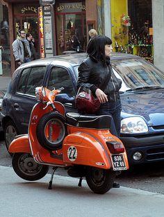 Piaggio Vespa, Scooters Vespa, Motos Vespa, Scooter Bike, Lambretta Scooter, Motor Scooters, Vintage Vespa, Sidecar, Classic Vespa