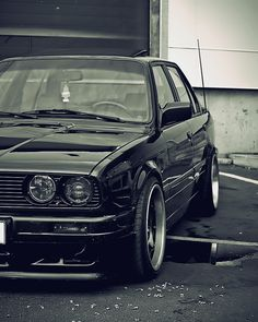 BMW E30 3 series black bw