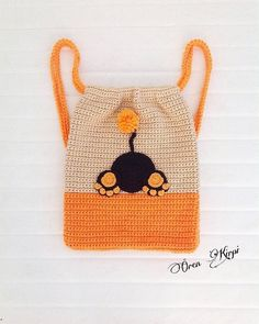Beauty and Things (амигуруми, хендмейд) Back To School Bags, Crochet Mobile, Red Bags, Ba Lô, Crochet Purses, Knitted Bags, Handmade Bags, Backpack Bags, Crochet Projects