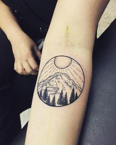 Mt Rainier #tattoo #tattoos #tattooartist #femaletattooartist #miamitattoo #miamitattoos #miamitattooartist #miamiart #miamiartist #miami #regperez #tattoodesign