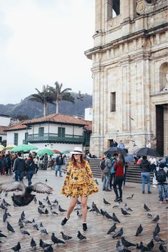 Guia de Viaje BOGOTÁ - COLOMBIA Travel Pictures, Travel Photos, Travel Around The World, Around The Worlds, Colombian Culture, Travel Packing Outfits, Colombia Travel, Fantasy Landscape, Beautiful Landscapes