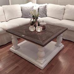 """Se så fint Repost fra vår fornøyde kunde @fruerlandsensinterior.  """"Nytt sofabord Tusen takk for at jeg fikk det nye sofabordet før jul!!! @classicliving #classicliving#dubaisalongbord#salongbord#sofabord#myhome#interior#interiør#livingroom#table#stuen"""" #interior #interiør #dubai90x90 #livingroom #sofa #vakrehjem #vakrehjemoginteriør #vakrehjemoginterior"""