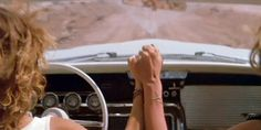 Susan Sarandon and Geena Davis in Thelma & Louise directed by Ridley Scott, 1991 Thelma Louise, Thelma And Louise Movie, Great Friends, My Best Friend, Super Heroine, Geena Davis, Unbelievable Facts, Amazing Facts, Interesting Facts