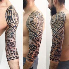 Finalizada em 8 sessões. Valeu mano @guidajamil #maoritattoo #maori #polynesian #tatuagemmaori #tattoomaori #polynesiantattoos #polynesiantattoo #polynesia #tattoo #tatuagem #tattoos #blackart #blackwork #polynesiantattoos #marquesantattoo #tribal #guteixeiratattoo #goodlucktattoo #tribaltattooers #tattoo2me #inspirationtatto #tatuagemmaori #blxckink #samoano #samoantattoo