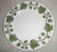 """Crown Staffordshire Green Vine Ivy & Berries Dessert Salad Plate 8 1/4"""""""