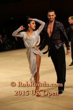latin dress Latin Ballroom Dresses, Ballroom Dancing, Latin Dresses, Dance World, Salsa Dancing, Dance Fashion, Dance Outfits, Dance Costumes, Dance Wear