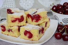 Citromhab: Tejfölös meggyes pite Delicious Cake Recipes, Yummy Cakes, Dessert Recipes, Sour Cherry Pie, Cocktail Cake, Cream Cheese Pound Cake, Raspberry Filling, Cake Fillings, Savoury Cake