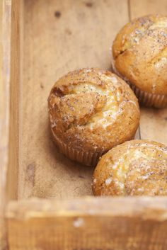 This muffin base recipe is the best and you can use any flavours you like, DRY cups organic flour-Gluten free/Spelt cup organic sugar 2 tsp heaped Gluten Free Treats, Gluten Free Baking, Gluten Free Recipes, Dessert Drinks, Dessert Recipes, Muffin Recipes, Breakfast Recipes, Healthy Cake, Healthy Foods