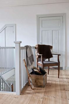 Titta in i det varsamt renoverade House Inspiration, Farmhouse Style Kitchen, House Interior, Home, Interior, Countryside House, Loft House, Sweden House, Home Decor