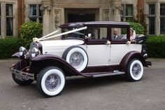 Tara and Andrew arrive at Dunchurch Park Hotel following a relaxing open top drive in the newly shod Badsworth!