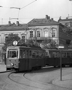 Warszawa 1958 - Dwójka na pętli tramwajowej na Placu Trzech Krzyży