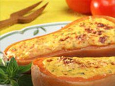 INGREDIENTES ½ Zapallo, 2 cebollas, 4 dientes de ajos, 1 choclo, 100grs. Queso mantecoso, 1 tomate fresco, ½ pimiento rojo, esp...