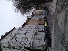Ich wohne in der Naehe von Kaiserplatz.