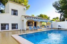 Villa Linnae - #VacationHomes - $90 - #Hotels #Spain #Moraira http://www.justigo.me.uk/hotels/spain/moraira/moraira-villa-linnae-6_25061.html