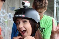 Recenze TomTom Bandit: skvělá akční kamera se kterou vytvoří film i vaše máma! Bicycle Helmet, Sport, Film, Hats, Movie, Movies, Film Stock, Hat, Cycling Helmet