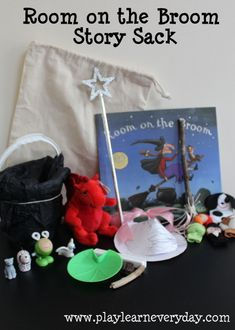 Play and Learn Everyday: Room on the Broom Story Sack Halloween Themes, Halloween Crafts, Christmas Crafts, Story Sack, Room On The Broom, Nursery Songs, Story Retell, Book Baskets, Kids