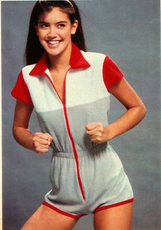 Check out production photos, hot pictures, movie images of Phoebe Cates and more from Rotten Tomatoes' celebrity gallery! Phoebe Cates, Valley Girls, Celebrity Gallery, The Most Beautiful Girl, Beautiful Celebrities, Young Celebrities, Pop Fashion, Teen Fashion, Beauty Women