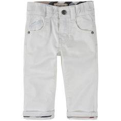 Burberry - Pantalon 'boy slim' en gabardine - 103360 Burberry, Baby Boy Outfits, Bermuda Shorts, Khaki Pants, Slim, Women, Fashion, Bebe, Moda