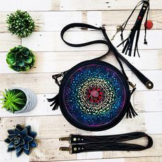Bohemian leather products from my heart and soul, they are inspired by the nature. Chakra Colors, Bracelet Sizes, Leather Working, Peace And Love, Dream Catcher, Bohemian, Shapes, Leather Products, Handmade