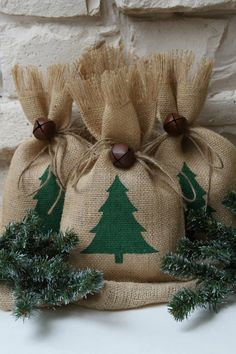 Burlap Gift Bags, Christmas Tree, Shabby Chic Christmas Wrapping, Green and Natural, Jingle Bell Tie On, Set of Four