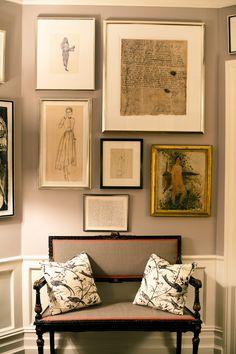 wall color, great frame arrangement