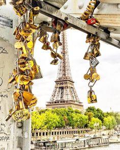 Paris (@parismonamour) su Instagram