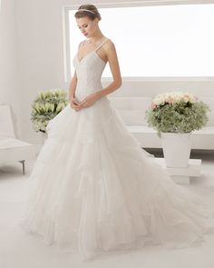 8B188 PRAVIA | Wedding Dresses | 2015 Collection | Alma Novia
