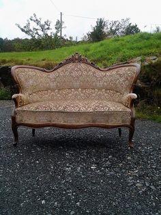 Antikk sofa tilsalgs - FINN Torget