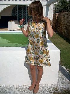 Miniabito+in+seta+di+MelinaECris+su+DaWanda.com Summer Dresses, Sewing, Fashion, Moda, Dressmaking, Sundresses, Couture, La Mode, Sew