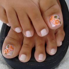Curso de carreira de unhas de fibra de vidro Clique na imagem e saiba mais! French Fade Nails, Faded Nails, Pink Nails, Elegant Nails, Stylish Nails, Toe Nail Designs, French Pedicure Designs, Pretty Toe Nails, Summer Toe Nails