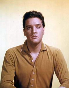 Publicity picture from R.C.A Victor for up-coming record sleeves or promotion taken in late may 1960.