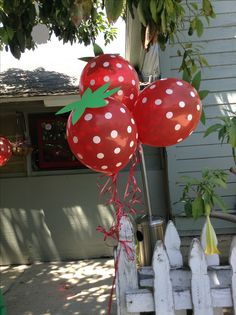 Strawberry balloons I made for my sister's baby shower. They turned out absolutely adorable!