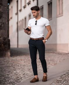 Summer Business Casual Outfits, Business Casual Men, Men Casual, Best Casual Shirts, Best Mens Fashion, Mens Clothing Styles, Stylish Men, Men Office, Office Wardrobe