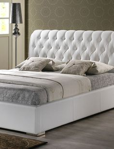 Wholesale Interiors Baxton Studio Bianca White Modern Bed with Tufted Headboard (Queen Size) Queen Size Platform Bed, Modern Platform Bed, Platform Bed Frame, Upholstered Platform Bed, Tufted Headboard Queen, White Headboard, White Bedding, Tufted Bed, White Bedroom