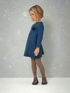 Nice hairstyle for little girls with short hair - Berühmte Frisuren - Kleidung Fashion Kids, Little Girl Fashion, Winter Fashion, Trendy Fashion, Toddler Fashion, Little Girl Style, Fashion Clothes, Fashion Dresses, Fashion 2015