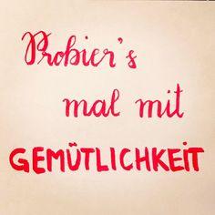 Diesmal von unterwegs auf kleinem Notizzettel: Tag 5 der #letterattackchallenge von @frauhoelle Probier's mal mit Gemütlichkeit  Das Dschungelbuch #lettering #challenge #mai #day5 #letteringchallenge #uebenuebenueben #handlettering #brushlettering #practice #filmzitate #wp