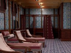 Queensland mining billionaire Clive Palmer says he plans to travel third class when his Titanic replica cruise ship makes its maiden voyage in Rms Titanic, Titanic Deaths, Southampton, Disaster Film, Turkish Bath, Cool Photos, Amazing Photos, Cruise, Ship
