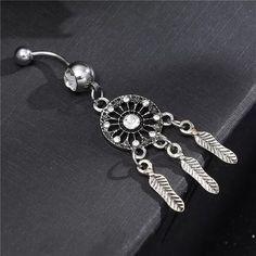 Σκουλαρίκι αφαλού ονειροπαγίδα,υποαλλεργικά σκουλαρίκια για την κοιλιά τιτάνιο και ατσάλι Navel Piercing, Body Piercing, Piercings, Bell Button, Barbell, Body Jewelry, Types Of Metal, Belly Button Rings, Tassels