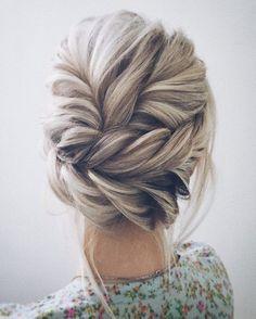 Un #cabello recogido con pura #Trenza