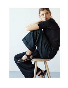 Super Style Simple Fashion All Black Ideas Margaret Howell, All Black Fashion, Spring Fashion, Tomboy Fashion, Fashion Outfits, Tomboy Stil, Style Simple, Mode Editorials, Minimal Fashion