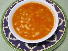 The Iraqi Family Cookbook: White Beans Soup فاصوليا بيضة Vegetarian Soup, Vegetarian Recipes, Healthy Recipes, Healthy Food, Yummy Food, Tasty, Middle East Food, Middle Eastern Recipes, White Bean Soup