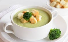 The Best Cream Broccoli Soup Recipe – Top Recipes Broccoli Soup Recipes, Cream Of Broccoli Soup, Healthy Soup Recipes, Healthy Cooking, Pasta Recipes, Crockpot Recipes For Two, Top Recipes, Indonesian Cuisine, Vegetarian Soup