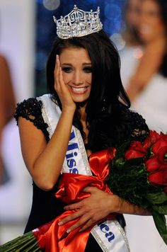 Miss Wisconsin | -old Miss Wisconsin Laura Kaeppeler reacts after being named as Miss ...