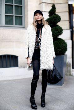 Model style in Paris 1.3.2013