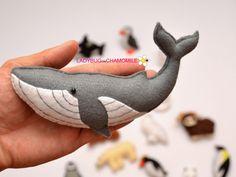 WWW.LADYBUGONCHAMOMILE.COM - plus de photos ici !  18 miniature drôle aimant animaux de lArctique, en feutre, avec aimant à lintérieur