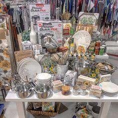 Marshalls, Display Ideas, Table Settings, Retail, Cooking, Fall, Bucket Lists, Kitchen, Autumn