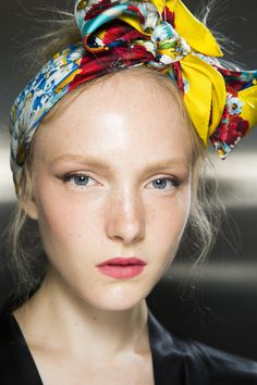 Dolce & Gabbana Spring 2016 Ready-to-Wear Fashion Show Beauty