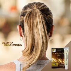 Para quem deseja ter um lindo loiro dourado como esse, aqui vai o segredo: Pó descolorante Lightner Gold + Lightner Blonder Plex. Esse pó clareia até 8 tons, é rico em Ômega 3, 6 e Vitamina E, auxiliando na proteção e nutrição dos fios, para um loiro dourado. Já o Lightner Blonder Plex reduz drasticamente os danos de um processo de descoloração e o cabelo fica até 4X mais forte e resistente.