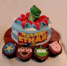 Toy Story themed cake and cupcakes for friends little boys 2nd Birthday